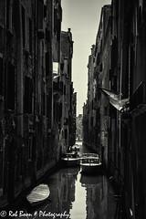 20110324_8323_Venetie-bw (Rob_Boon) Tags: venice boot cityscape zwartwit italie venetie cityarchitecture robboon silvefpro2