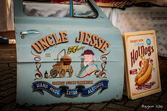 Hot Alcohol (ericbaygon) Tags: county door blue atc advertising pub nikon paint tennessee meeting peinture bleu alcool alcohol hazzard porte hotdogs publicit dx tournai portire pinstripping nikonpassion d300s