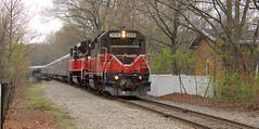 P&W GP38 2010 (NE Trains & Aviation) Tags: train island diesel circus engine providence rhode worcester 2010 pw 4301 gp38 rbbx