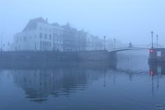 2014_IMG_6659 (niek haak) Tags: mist fog middelburg kinderdijk canalhouses grachtenpanden buitenhaven spijkerbrug