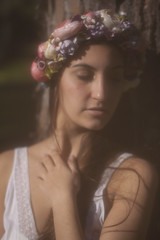 Young Goddness 1 (bym.imagenycomunicacion) Tags: woman beauty greek goddess young nostalgia bosque romantic belleza diosa griega romanticismo naturalez