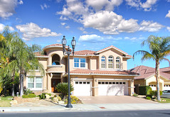 "House in Porter Ranch • <a style=""font-size:0.8em;"" href=""http://www.flickr.com/photos/101497808@N07/23871019614/"" target=""_blank"">View on Flickr</a>"