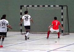 Futsal: Holzpfosten Schwerte 6:5 MCH FC Sennestadt (fchmksfkcb) Tags: bielefeld futsal schwerte indoorfootball groundhopping holzpfosten sennestadt hallenfusball matthiasclaudiushaus alfredberghalleschwerte mchsennestadt futsalclubsennestadt holzpfostenschwerte alfredbergsporthalle