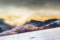 Amanece en el Kinto Real (arbioi) Tags: naturaleza snow canon nieve paisaje amanecer adi monte montaña euskalherria navarra nafarroa baztan urkiaga quintoreal eos40d kintoreal enekorri zagua