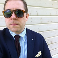 Going somewhere? @persol #sunglasses @stockmannofficial #jacket... (Matti Airaksinen) Tags: sunglasses shirt clothing tie jacket knitted stevemcqueen pinstripe stockmann eyewear menswear tyyli mensclothing persol pocketsquare ocbd tyylit pukeutuminen tyyliniekka herrainpukimo uploaded:by=flickstagram leangarments tyylitfi stockmannofficial instagram:photo=1005544327191521230302847616
