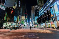NYC January 2016 - RAW (4) (MarkJGledhill) Tags: nyc newyorkcity longexposure snow newyork skyline brooklyn canon unitedstatesofamerica 911 yellowcab dumbo nypd hersheys timesquare brooklynbridge empirestate canonrebel rockefellercentre flatiron topoftherock washingtonavenue eos7d oneworldtradecentre canon7d newyork2016