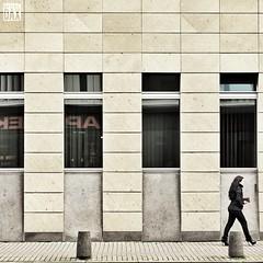 Rush..... I wish a very nice weekend to everybody!    artist:DAX  PHOTOGRAPHOHOLIC    born to capture      #artistDAX #olympuseurope #architecture #urban #architecturelovers #modernarchitecture #streetphotography #mainz #citylife (artist:DAX) Tags: urban architecture facade germany citylife streetphotography minimal mainz modernarchitecture urbanstreets mobilephotography olympuseurope architecturelovers busystranger mzuiko1240f28pro olympusomdem5mkii photographoholic weisliliengassemainz
