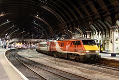 91131 1S31 york plt5 05.02.2016 (Dan-Piercy) Tags: london edinburgh virgin kingscross eastcoast yorkstation vtec ecml class91 91131 1s31 plt5