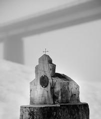 Kapelle (hiasl_3) Tags: bw fall sw isar baum kapelle stausee sylvenstein baumstumpf geschnitzt seegrund abgelassen schnitzenalt