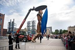 Carros De Foc Street Theatre Lodz 4 (M K Strzeleccy) Tags: streetart art ec1 lodz d streettheatre carrosdefoc giantdolls