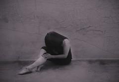 D1: Black&White (Fera Lucem) Tags: blackandwhite selfportrait art photography creative learning 30daychallenge brookeshaden