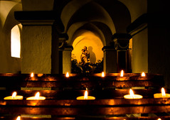 Kerzen fr Maria (pyrolim) Tags: maria kirche kerzen sulen kapelle andacht marienkapelle badgandersheim