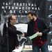 Luis Miranda saluda Christian Lage, ganador del premio de distribución Digital 104