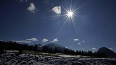 Goodbye Snow.... (bandit4czm) Tags: schnee sun snow spring ray sunburst sonne sonnenstrahlen frhling sonnenschein winterend melding schneeschmelze