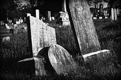 Lean (MTSOfan) Tags: bw cemetery virginia headstone greyscale frontroyal gravemarker