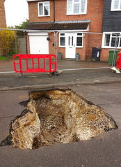 Sink hole at Tring (Snapshooter46) Tags: tring sinkhole hertfordshire