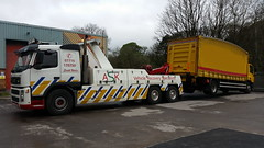 Volvo Rear Lifting 18 Ton Tautliner (JAMES2039) Tags: rescue truck volvo curtain rear cardiff 4wheeler lorry breakdown heavy tow towtruck recovery 65 ask daf wrecker taffswell 6wheeler tautliner curtainsider fm12 underlift heavyunderlift askrecovery ca02tow rearsuspend
