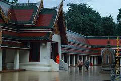 untitled-1653 (cooli_#1) Tags: street old trip food museum asian thailand temple photography boat bangkok buddhist sightseeing barge silom bts thonburi เชียงใหม่ วัด ประเทศไทย sukhumwit ดอยสุเทพ earthasia seaviewrestaurant พุทธศาสนิชน asiathai 2012ancient bangkhunthain rathankosin
