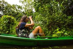 NO_Tefe0072 (Visit Brasil) Tags: travel brazil tourism nature horizontal brasil amazon rainforest natureza turismo norte amazonas detalhe ecoturismo ecotourism externa nutico tef comgente diurna riosolimes reservamamirau visitbrasil