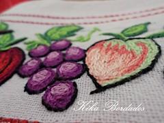 KikaBordados Kika  Krauss 138 (Kika Bordados by Angelica Krauss) Tags: flowers flores frutas fruits branco cores crochet craft bordados bordado croche panosdepratos bordadosfeitomo kikabordadoskikakrauss