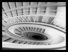 A l'hpital (broombesoom) Tags: bw white black hospital focus noir bn stairwell treppe staircase fallen feeling blanc tumble schwarz treppenhaus weis gefhl runterfallen tumblingdown