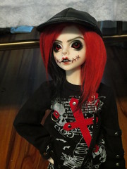 IMG_3636 (teh kiwi) Tags: red black scary bjd stiches dollzone
