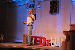 "TEDxUTN • <a style=""font-size:0.8em;"" href=""http://www.flickr.com/photos/65379869@N05/24246658776/"" target=""_blank"">View on Flickr</a>"