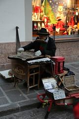2015 12 06 Alto Adige - Bolzano - Mercatini di Natale_0080 (Kapo Konga) Tags: bolzano altoadige mercatini mercatinidinatale artistidisrada
