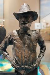 Charlie Nettleton (1862 - 1946) (Piedmont Fossil) Tags: statue museum sydney australia collection national opal charlienettleton