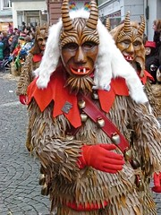 Colors of the Swabian-Alemannic Carnival 020 (M.J.Woerner) Tags: carnival winter face club germany fun happy deutschland moving frolic mask joy group parade masks friendly tradition mardigras playful fasching pleasure fooling umzug spass larva karneval lahr paneling gruppe fastnacht fasnet masken lovable häs narren brauchtum fröhlich verkleidung woodenmask ausgelassenheit verein larven vergnügen shrovetide narrentag narrentreiben fröhlichkeit narrenzunft ausgelassen menzenschwand maskierung narrenumzug foolingprocession geisentäler geisental