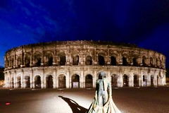 Roman arena in Nimes - France 3P6A2578 (Ludo_M) Tags: longexposure trip travel light france night canon pose eos lights noche europa europe nightshot nacht roman dusk wideangle arena 7d bluehour provence nimes nuit notte gard nmes markii antiquity patrimoine antiquit canonefs1022mmf3545usm arnes arnesdenmes poselongue efs1022mmf3545usm romanantiquity arenaofnmes romeantique canoneos7dmarkii
