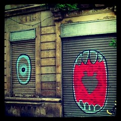 Graffiti in Barcelona (Anna Wenlock-Leah) Tags: streetart square graffiti spain heart squareformat barcelone iphoneography instagramapp xproii