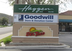 Haggen Grocery Store, 1 of 3 (TedParsnips) Tags: california supermarket grocerystore deltaco goodwill simivalley haggen