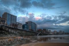 Luces de la Mañana (Morning Lights) (Dibus y Deabus) Tags: city sky españa beach clouds canon buildings dawn spain edificios gijón ciudad asturias playa amanecer cielo nubes gijon hdr 6d
