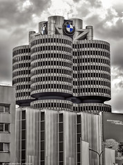 Der BMW-Vierzylinder in Mnchen (BMW four-cylinder) (Polybert49) Tags: germany munich bayern deutschland bavaria monaco bmw alemania tyskland allemagne hdr gemany germania duitsland munchen bundesrepublikdeutschland almanya niemcy federalrepublicofgermany bmwvierzylinder karlschwanzer bmwturm  bmwhochhaus nikond300 alemanne topazsoftware baviere nemecko  republiquefederaledallemagne germanujo heribertpohl landeshauptstadtmunchen contrastoptimized mnchenmilbertshofen  bmwhauptverwaltungsgebude