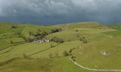Contrast (Andrew Mowbray) Tags: derbyshire peakdistrict limestone whitepeak peakdistrictnationalpark chromehill parkhousehill reefknoll walkinginderbyshire dowelhall