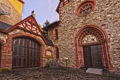 Eingang Marienkapelle Rheinbllen (doerrebachtaler) Tags: hdr hunsrck stiftung rheinbllen marienkapelle puricelli puricellistift