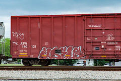 (o texano) Tags: bench graffiti texas houston trains dts abels rtl freights gy benching