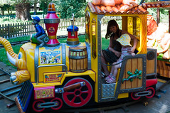 DSC_1825.jpg (Kaminscy) Tags: girl playground train zoo poland warsaw choochoo warszawa pl ciuchcia mazowieckie placzabaw monikarendak