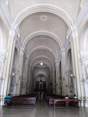 """Léon: la cathédrale basilique de l'Assomption <a style=""""margin-left:10px; font-size:0.8em;"""" href=""""http://www.flickr.com/photos/127723101@N04/26600149196/"""" target=""""_blank"""">@flickr</a>"""