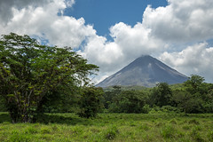 Arenal Volcano (KarlsGalaxy) Tags: trip blue wild sky costa hot tree green nature clouds canon landscape volcano costarica rica vida tropical pura arenal humid lafortuna 6d