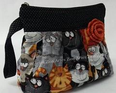 Ncessaire Bella (Zion Artes por Silvana Dias) Tags: cat patchwork gatinhos necessaire zionartes
