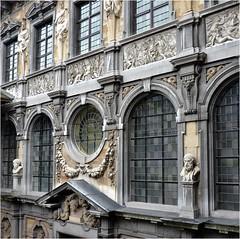 Pierre Paul Rubens (1577-1640) dessina le bâtiment lui-même, se fondant sur des études de l'architecture des palais italiens de la Renaissance (Barbara DALMAZZO-TEMPEL) Tags: architecture belgium belgique belgië antwerpen anvers renaissanceitalienne 15771640 maisonderubens pierrepaulrubens