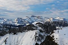 alone (welenna) Tags: schnee people snow mountains switzerland abend himmel berge alpen rochersdenaye vatland
