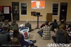 Debate Viewing (Greenpeace USA 2015) Tags: usa democracy durham newhampshire vote republican democrat keepitintheground