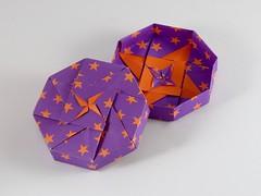 Octagon Box Small Flower Variation & Plain (birdsch) Tags: tomokofuse