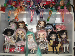 DSCN0107_Dal_ (applecandy spica) Tags: pink blue red brown white black color green colorful doll handmade stock group dal pullip custom cinnamoroll milkyway monomono cct puki paulia handcrafting sugarmag winx frara byul rotchan anotherrabbit magicalpinkchan