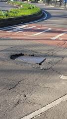 20160128_114632 (Carol B London) Tags: road tarmac roadworks cobblestones e1 stepney londone1 towerhamlets stepneygreen eyesores lbth