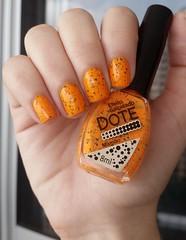 Dote - Mamo [JANEIRO HUMILDO] (Mireille Balieiro) Tags: glitter neon laranja nailpolish dote esmalte