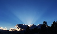 nube y resplandor (guilletho) Tags: clouds landscape nubes blaze resplandor escenery